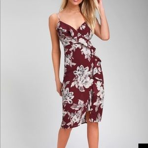 Lulus 💃🏻 Essential Mood Burgundy Floral Dress